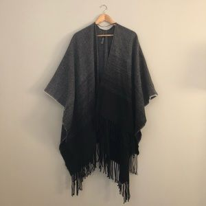 Sweaters - Ombré poncho